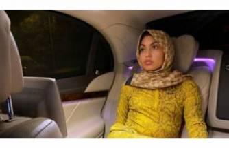 Fenomen Bahar Candan'ın başörtülü pozuna tepki yağdı