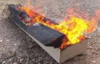 Koronadan öldü, gömüldükten sonra tabutu yakıldı!