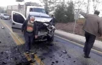 Bursa'da iki araç kafa kafaya çarpıştı! Ölü ve yaralılar var...