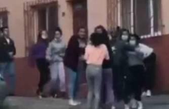 Bursa'da liseli kızların erkek kavgası şok etti!