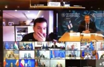 Gazeteci gizli toplantıya sızdı! Ortalık karıştı