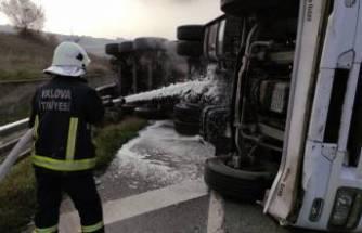 Bursa'da asit yüklü tanker devrildi!
