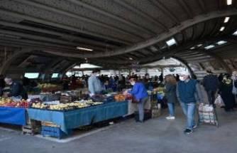 Bursa Osmangazi'de pazarlar yeniden eski günlerinde kurulacak