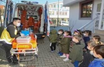 Bursalı miniklere ambulans hizmetleri tanıtıldı