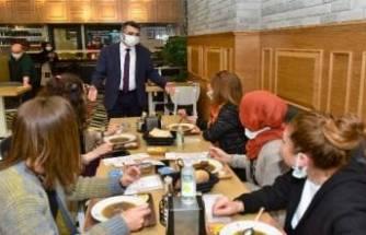 Kepenk açan esnafa Yıldırım Belediye Başkanı Yılmaz'dan ziyaret