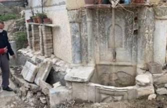 Bursa'da tarihi çeşme önce definecilerin sonra kamyonun kurbanı oldu