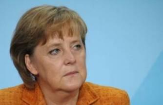 Almanya Başbakanı Merkel, Uğur Şahin'le görüştü