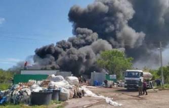 Çanakkale'de korku dolu anlar! Siyah dumanlar gökyüzünü kapladı