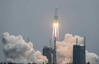 Kontrolden çıkan Çin'in roketi Hint Okyanusu'na düştü