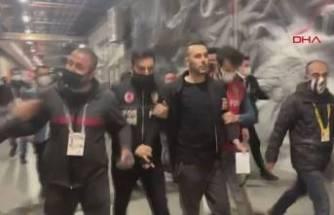Maç bitti ortalık karıştı! Beşiktaş maçı sonrası arbede