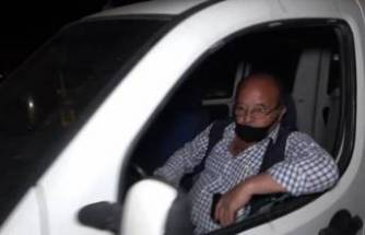 """Rahat tavırlarıyla """"7 devlete gidebilirim"""" diyen sürücü şok yaşadı! Aracı trafikten men edildi"""