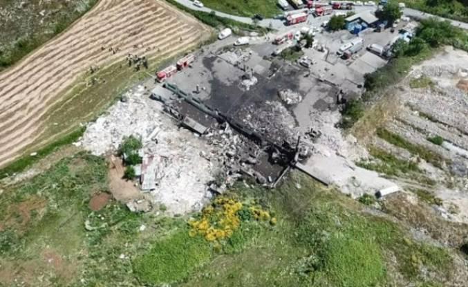 Başakşehir'de fabrikada patlama