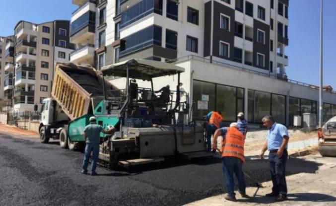 Bursa'da imara açılan yeni yollar asfaltlanıyor