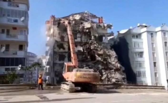 Bursa'da 9 katlı bina çökmüştü! Görüntüler ortaya çıktı