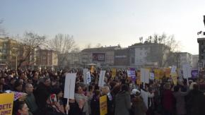 Bursa'da kadına şiddete tepki!