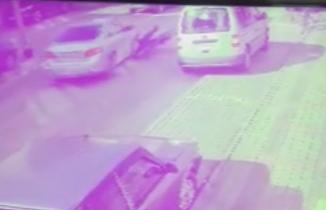 Bursa'da feci kaza! Sürücü kapıyı açınca...
