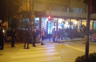 Bursalılar fırın ve marketlere akın etti!