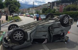 Bursa'da feci kaza! Taklalar atarak metrelerce sürüklendi!