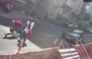 Marketten çıkan çifte sokak ortasında kanlı pusu!
