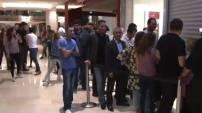 iPhone 6 Türkiye'de, halk kuyrukta